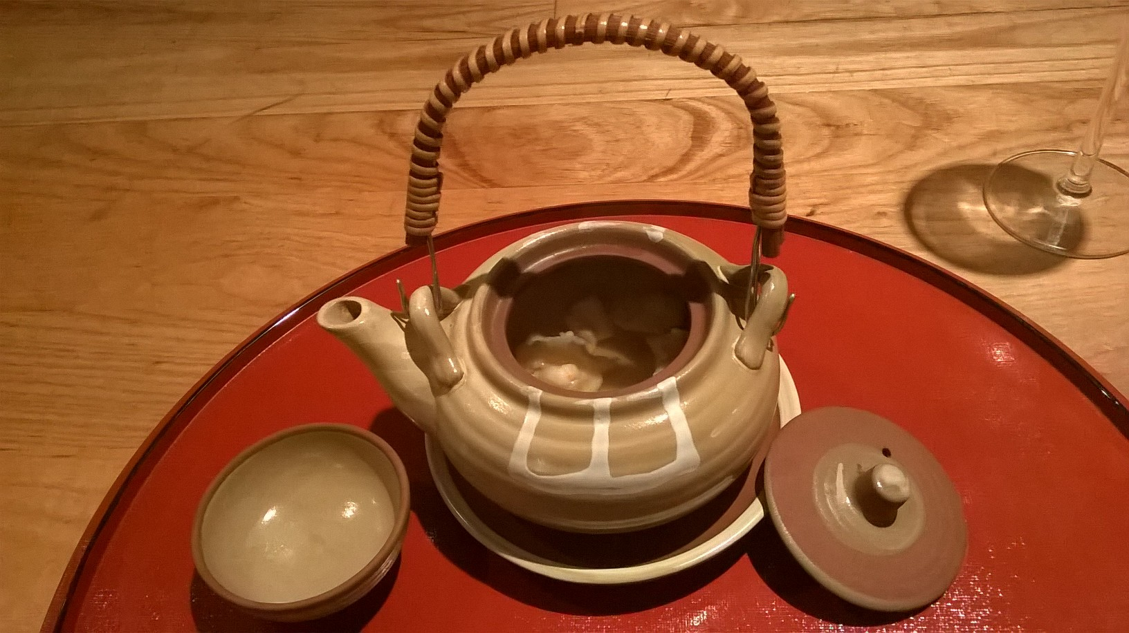 Japanese cuisine Yama - teapot