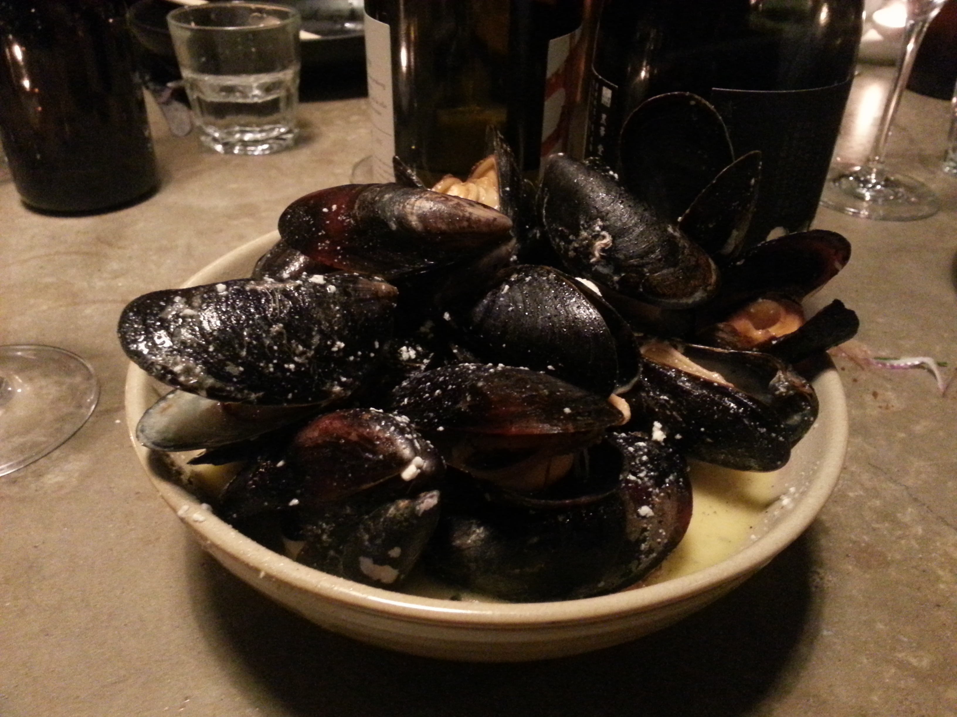 Dertien and Yama - Mussels in cream sauce